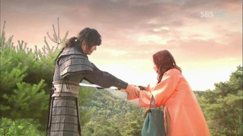 """Phim Lee Min Ho lùm xùm vụ sao """"sổ đen"""" - 10"""