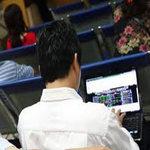 Tài chính - Bất động sản - TTCK sáng 15/08: FPT dưới mức tham chiếu
