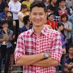 """Ca nhạc - MTV - Giám khảo VN Idol """"ngao ngán"""" Huy Khánh"""