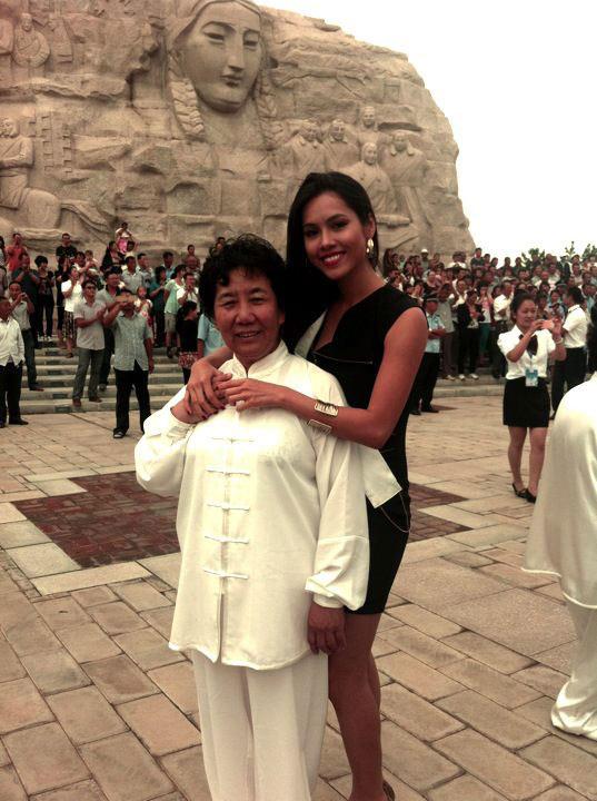 Hoàng My nhảy tưng bừng tại Miss World - 4
