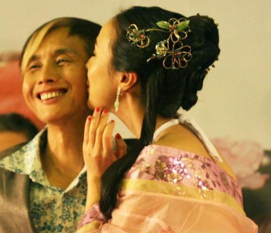 Gan Lulu cặp kè đạo diễn 53 tuổi - 18