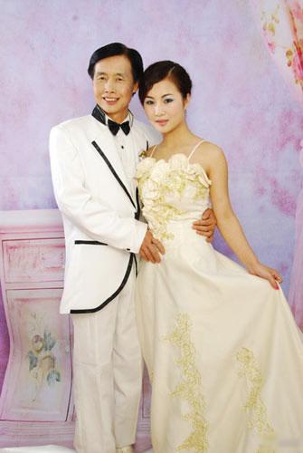 Gan Lulu cặp kè đạo diễn 53 tuổi - 15