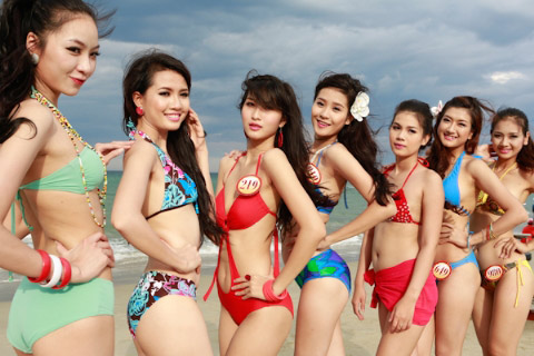 Thí sinh Hoa hậu Việt Nam đọ chân dài - 1