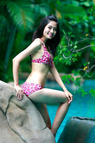 Thí sinh Hoa hậu Việt Nam đọ chân dài - 11