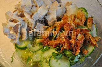 Giòn mát món dưa leo trộn khô cá thu - 8