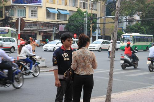 """Quang Lê về nước bí mật """"hẹn hò"""" - 1"""
