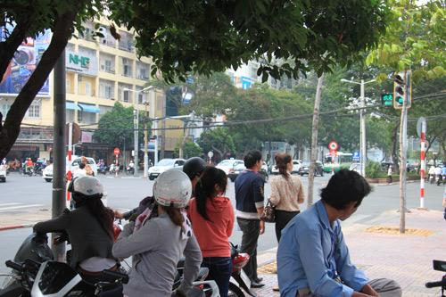"""Quang Lê về nước bí mật """"hẹn hò"""" - 4"""