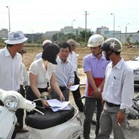 Công ty CP Quốc Cường Gia Lai giao đất cho khách hàng
