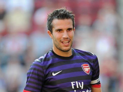 Arsenal bán Persie: Vì sao là MU? - 2