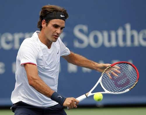 Federer - Tomic: Đẳng cấp chênh lệch (video vòng 3 Cincinnati Masters) - 1