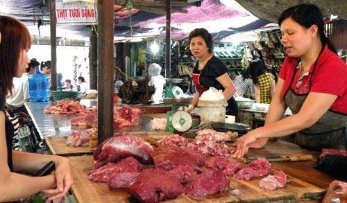 Bán thịt trong 8 giờ: Tiểu thương đe tăng giá - 1