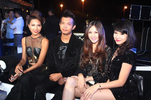 Dàn sao Việt khoe sắc đêm tiệc - 13