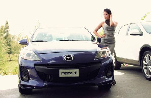 Người đẹp khoe dáng cùng Mazda trên sân golf, Ô tô - Xe máy,
