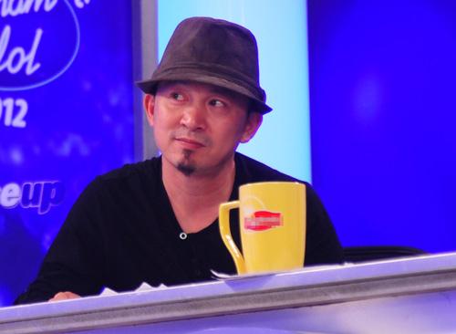 Khoảnh khắc cực nhắng của giám khảo Idol - 8