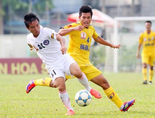 9 cầu thủ Quảng Nam bị công an triệu tập - 1