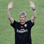 Arsene Wenger: Xin đừng trách Giáo sư!