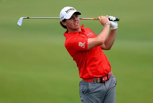 Tay golf của năm: Tiger Woods hay McIlroy? - 2