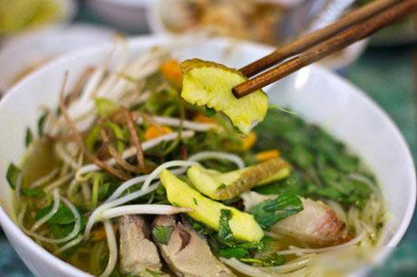 Món bún cá Châu Đốc trứ danh - 2