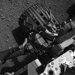 """Tin tức trong ngày - Tàu thăm dò sao Hỏa lần đầu tiên """"vươn mình"""""""