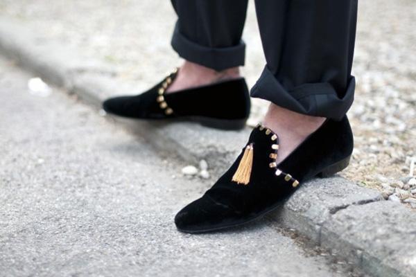 """""""Xoa dịu"""" đôi chân với giày đế bệt - 10"""