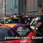 Ô tô - Xe máy - Vụ Ferrari chèn chân cảnh sát: bị kiện 10 triệu đô