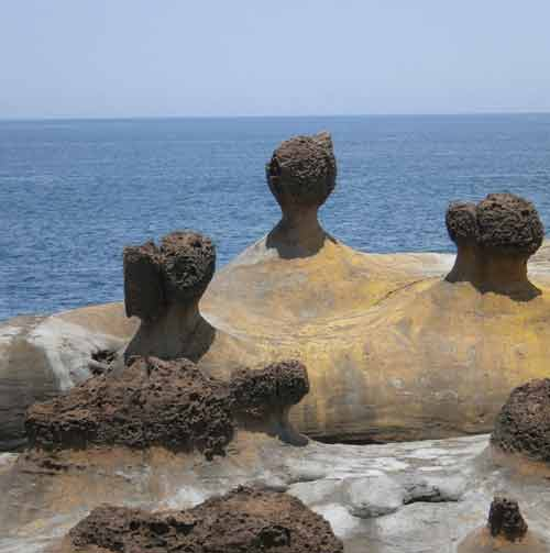 Sắc đá kỳ quặc ở 'mũi đất ma quỷ Yehliu' - 3