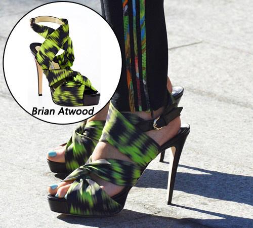 Những mẫu giày tuyệt đẹp cho thu 2012 - 9