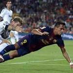 Bóng đá - Barca bị mất 2 quả penalty oan uổng?