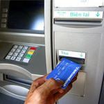 An ninh Xã hội - Vào tù vì phá máy ATM, cướp tiền tỉ