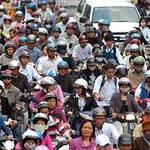 Tin tức trong ngày - HN đề xuất cấm xe cá nhân trên trục chính