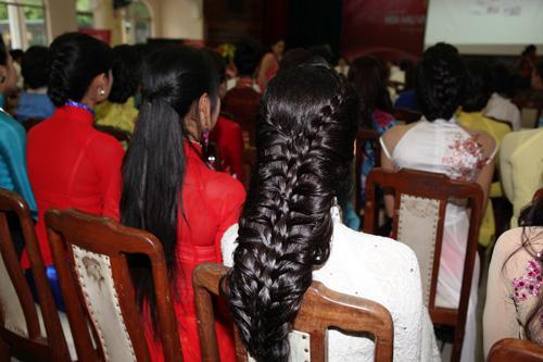 1001 kiểu tóc cầu kỳ tại Hoa hậu VN - 6