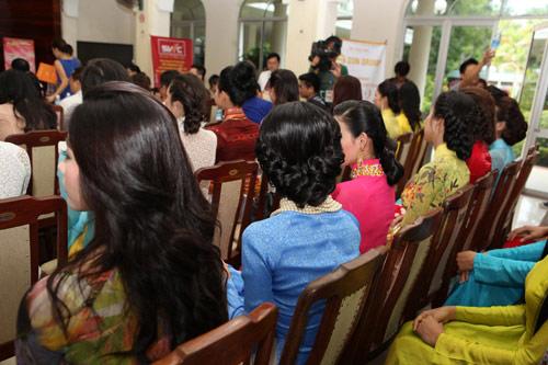 1001 kiểu tóc cầu kỳ tại Hoa hậu VN - 5