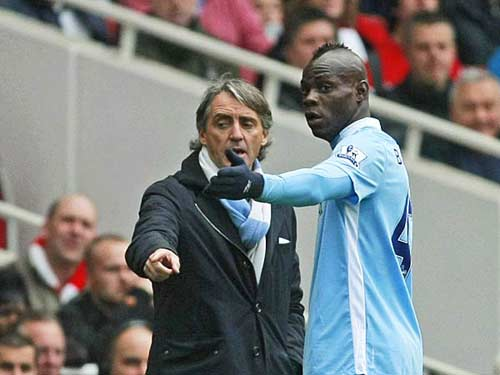 "Mancini ""dằn mặt"" Balotelli - 1"