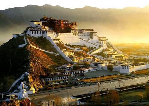 Những điểm đến không thể bỏ qua du lịch Tây Tạng - 2