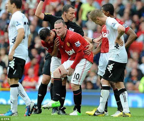 Rách đùi, Rooney nghỉ ít nhất 4 tuần - 1