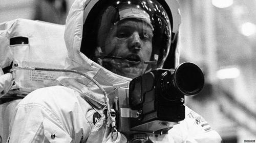 Vĩnh biệt người đầu tiên lên mặt trăng - 5