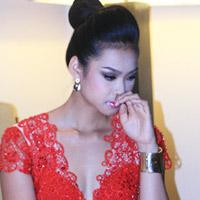 Vương Thu Phương bị đình chỉ thi hoa hậu