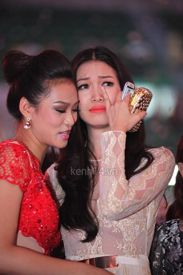 Thùy Dung khóc cùng Vương Thu Phương - 2