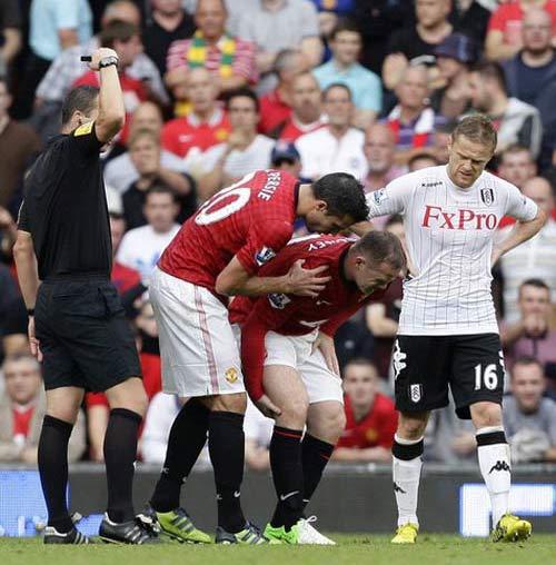 MU mất Rooney 1 tháng: Tái ông thất mã - 2