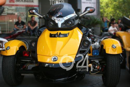 """Cận cảnh dàn xe mô tô """"khủng"""" tại Sài Gòn - 4"""