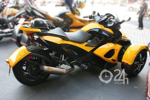 """Cận cảnh dàn xe mô tô """"khủng"""" tại Sài Gòn - 5"""
