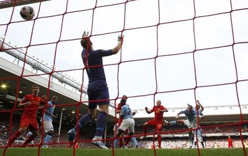 Liverpool - Man City: Thảm họa phòng ngự - 1