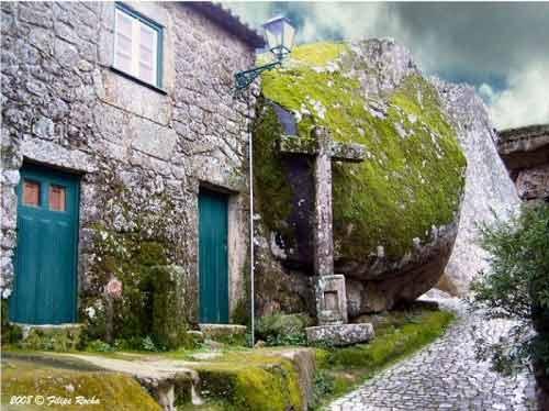 Ngôi làng cổ nằm giữa ở Bồ Đào Nha - 7