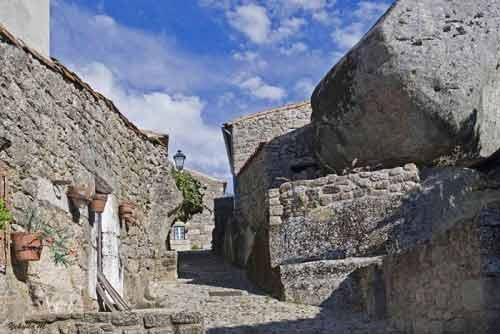 Ngôi làng cổ nằm giữa ở Bồ Đào Nha - 8