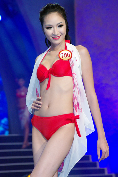 Ngắm lại bikini của thí sinh Hoa hậu - 16