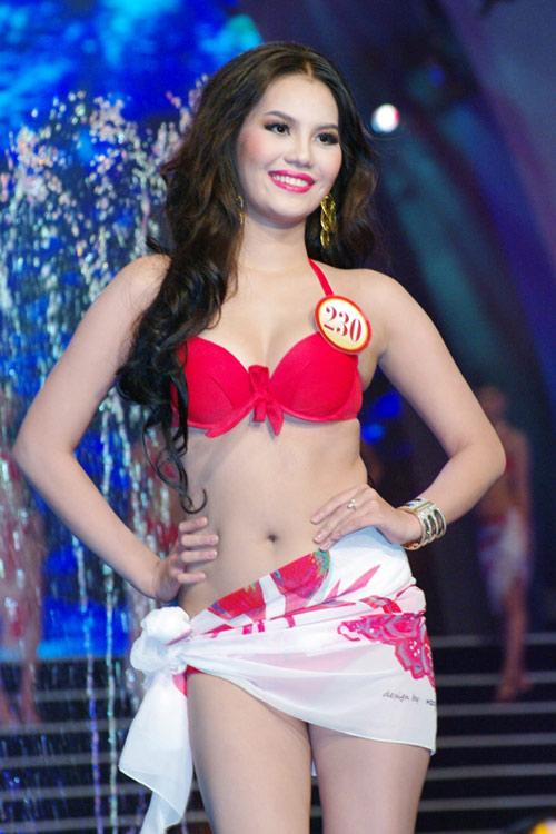 Ngắm lại bikini của thí sinh Hoa hậu - 18