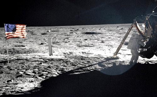 Chùm ảnh về người đầu tiên lên Mặt Trăng - 2