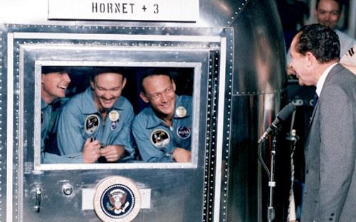 Chùm ảnh về người đầu tiên lên Mặt Trăng - 6