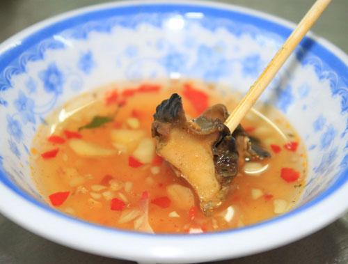 Ốc bươu xào chuối xanh: đậm hương vị Bắc - 3