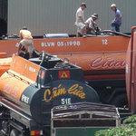 Tin tức trong ngày - Đột nhập lò sản xuất xăng dỏm